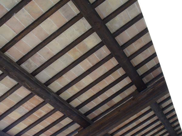 costruzione-tetti-in-legno-industriali-Reggiolo