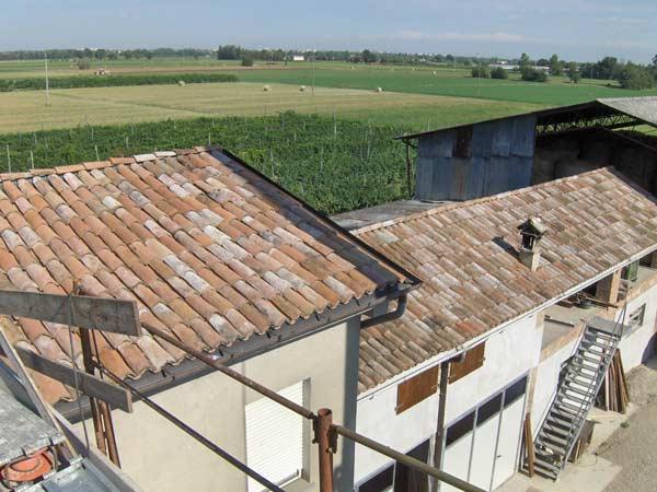 rifacimento-tetto-condominio-Reggiolo